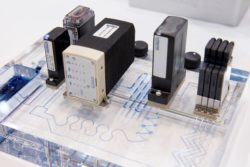 Bild: Lab-on-a-chip; Copyright: Messe Düsseldorf
