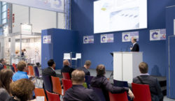 Foto: Vortrag im COMPAMED HIGH-TECH FORUM